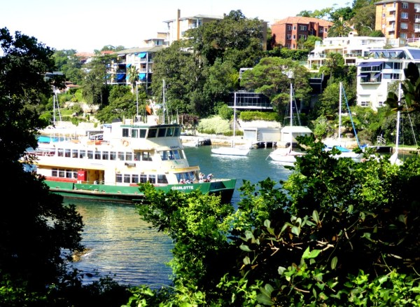 Ferry leaving Mosman Bay wharf.