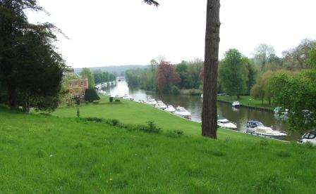 View down the Thames past Harleyford Manor.
