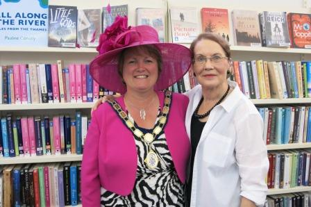 Marlow Mayor Susn Brwn and author Pauline Conolly.