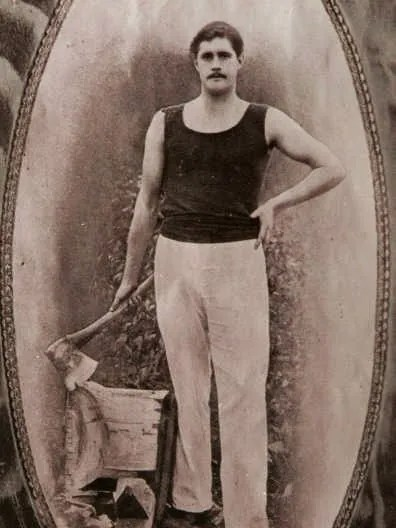Jack Calder, champion Axeman