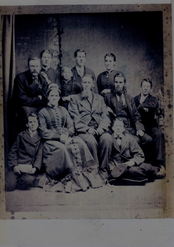 Robert Porter and his large family.