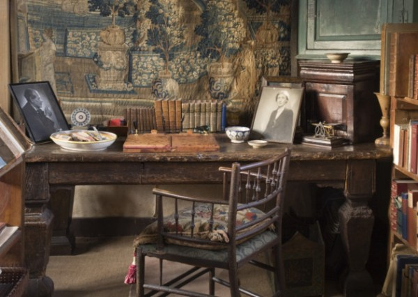 The desk in the Writing Room in the tower ©National Trust Images/John Hammond