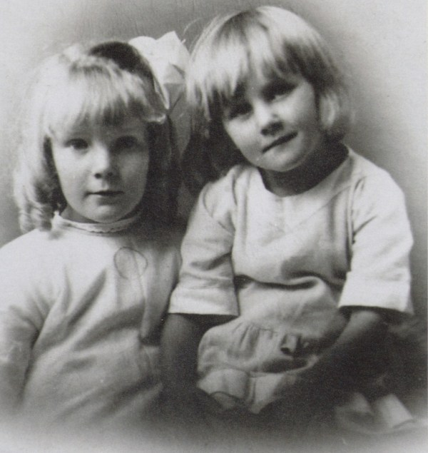 Arthur's little girls Winifred and Emily at the time they were placed in an orphanage.