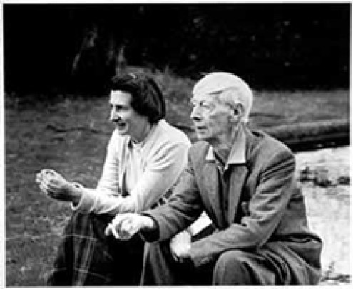 Norman Lindsay and his wife Rose.