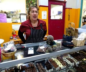 Editor Des at the Treat Factory in Berry.