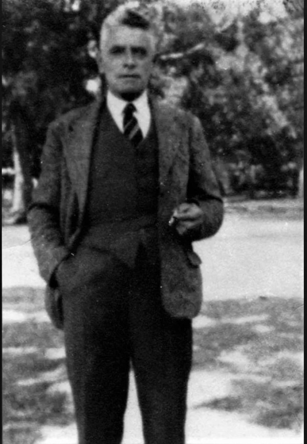 Robert Coombes.