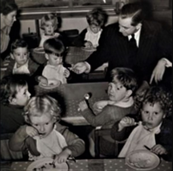 Harold Hold with children after introduction of Child Endowment in Australia