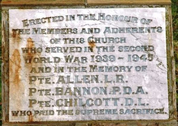 Memorial for WWII fallen at North Motton