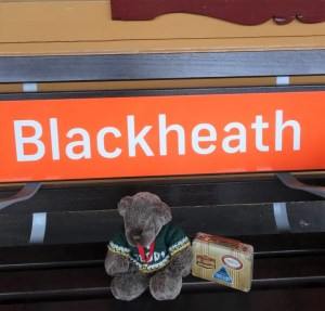 Editor Des At Blackheath Station