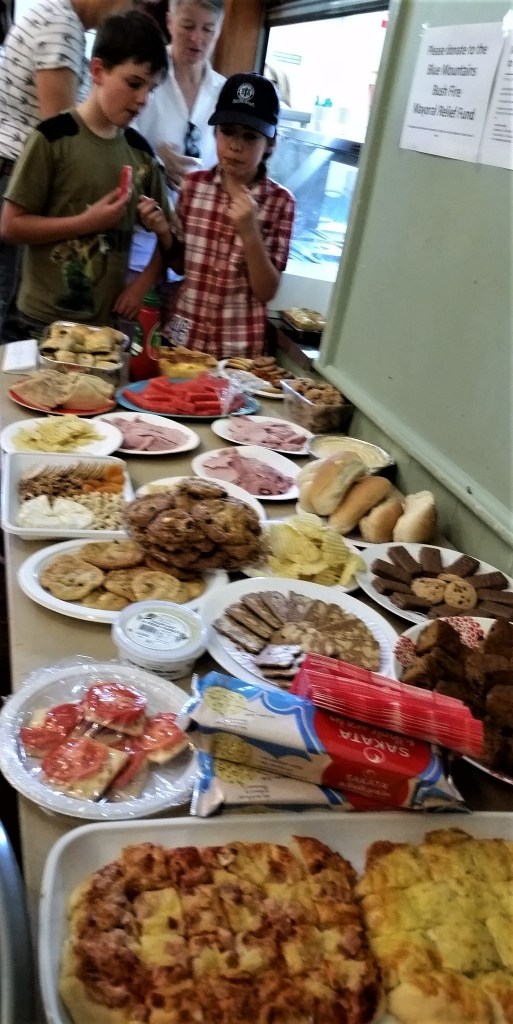 The old Aussie tradition of 'bring a plate' at a community event.