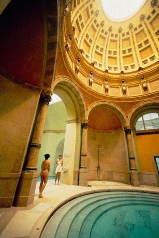 Unisex bathing under te great dome.