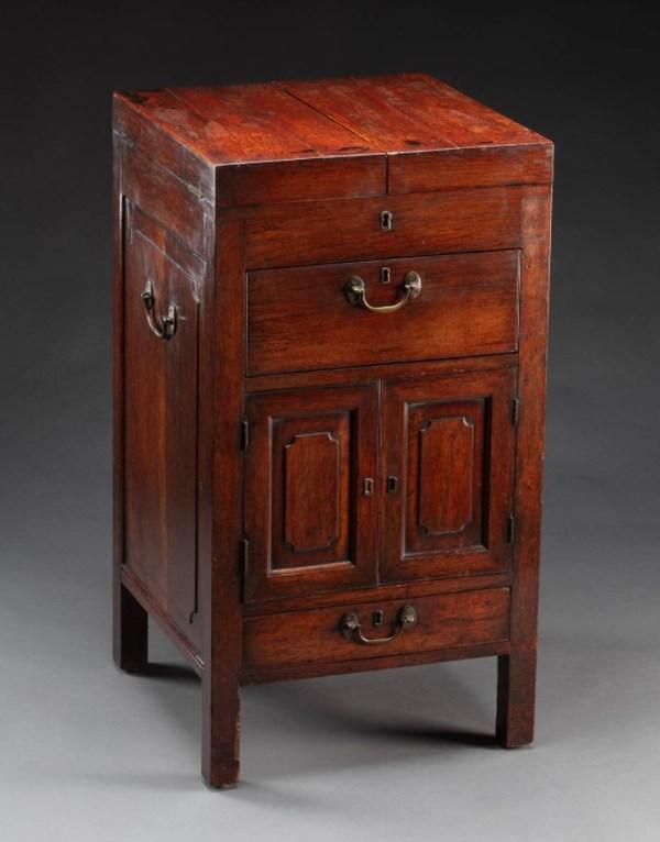 Portable dressing desk made for Anna King.