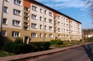 Abb. 3: Sanierter Neubaublock in der Bahnhofstraße