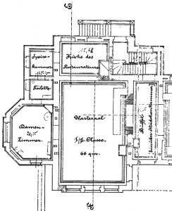 """Und über weitere Besonderheiten dürfen wir staunen. So verfügte der Paulinenauer Bahnhof über ein separates """"Damenzimmer"""" für die begüterten weiblichen Wartenden der ersten und zweiten Klasse, zu dem auch eine eigene Toilette gehörte. An eine Mädchenkammer im Zwischengeschoss über dem Büffet hatte man ebenfalls gedacht."""
