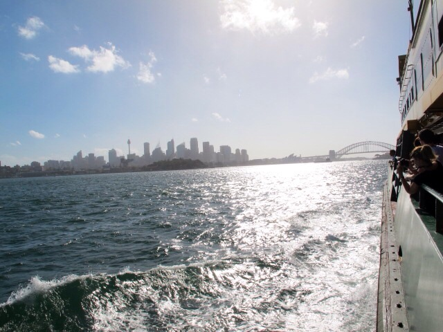 Sydney Harbour - One month in Australia - A Samle Itinerary with Sydney, Byron Bay & Airlie Beach