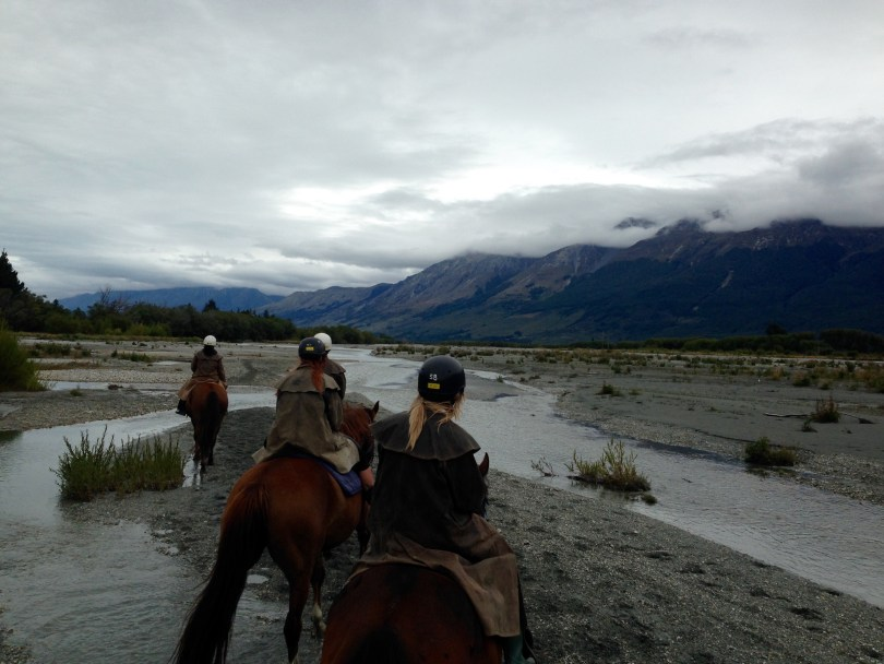 7 Great places to visit in New Zealand - Hourse riding in the Lord of the Ringes landscape