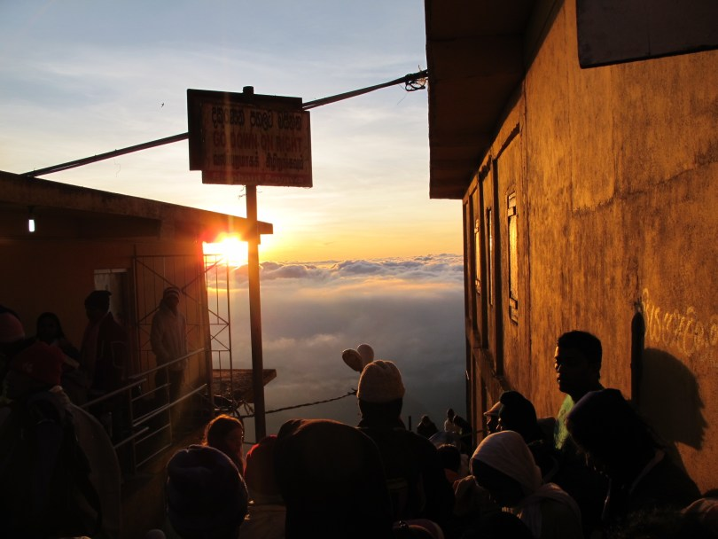 BACKPACKING IN SRI LANKA with Adams Peak Hike with 5 381 steps
