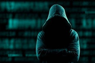 perbedaan antara hacker dan cracker