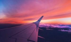 bepergian ke luar negeri