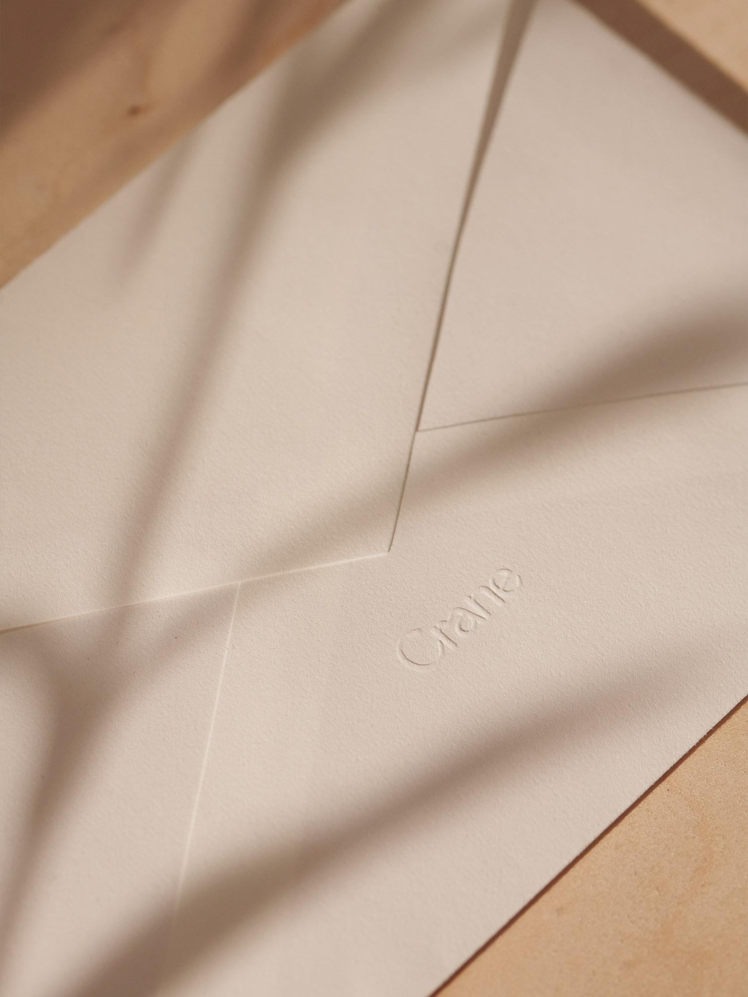 06-Crane-Envelope-Close-up
