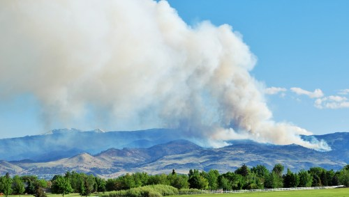 4:55 PM Hunter Falls fire  continues to grow