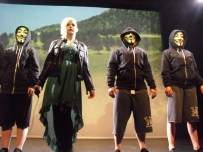 'Occupy' performance by Tempa