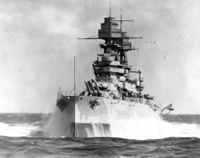 g_USS_Arizona_BB-39_-_1930s-595x471