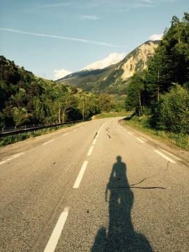 Mountains approach selfie