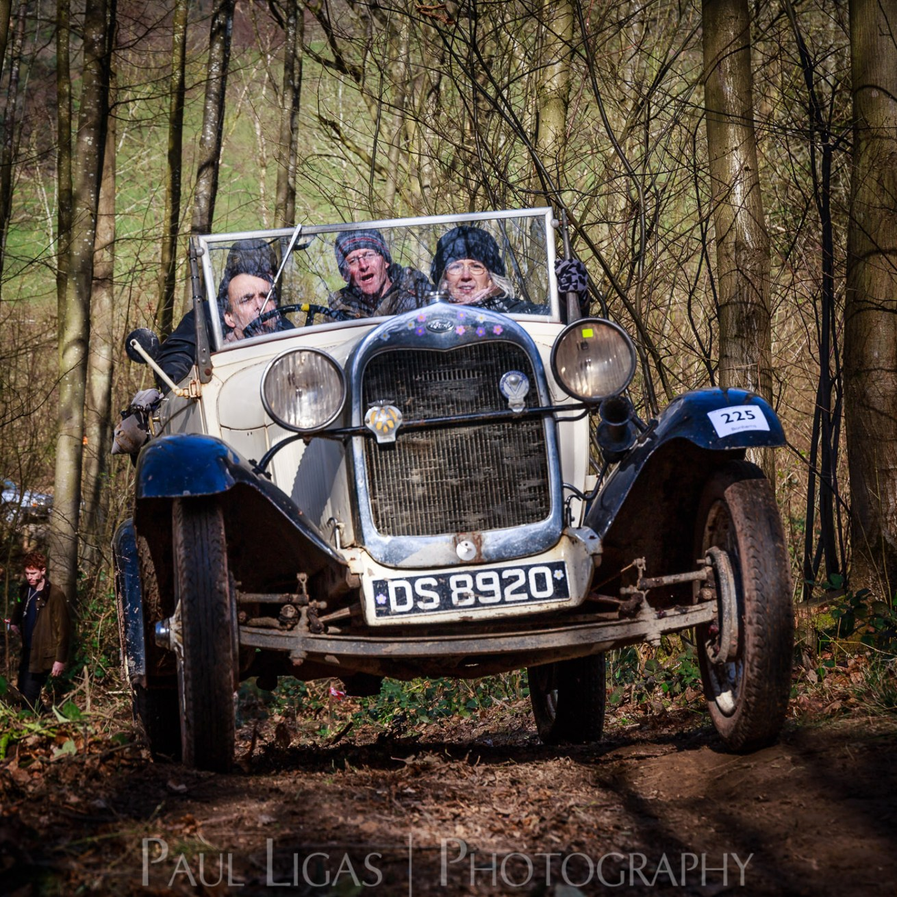 Vintage car hill climbing, Ledbury, Herefordshire event photographer photography 9301