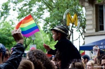 Marche des fiertés de Paris - Gay Pride 2016 - photo par Paul Marguerite - 24