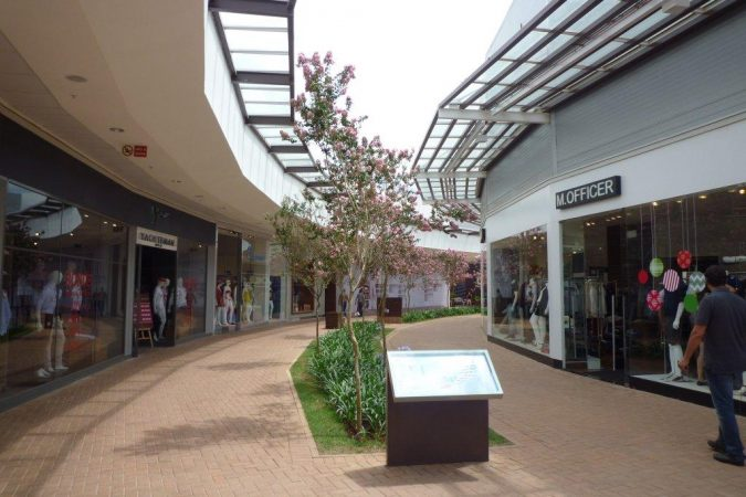 Catarina Fashion Outlet   Paulo Baruki Arquitetura The Catarina Fashion Outlet is a piece of a master plan for the city   anchored by this outlet retail venture with regional goals  The whole  Catarina complex