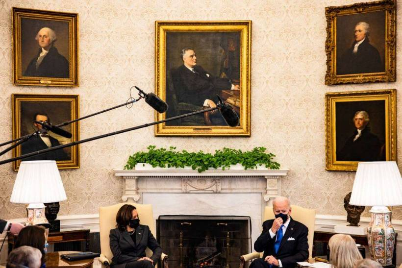 Biden recoloca o quadro de Roosevelt no salão oval - Paulo Gala / Economia  & Finanças