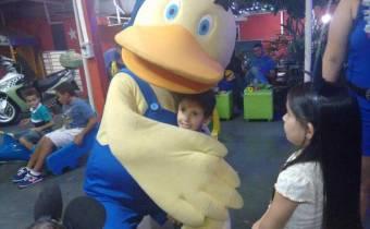 momento criança com o polyto