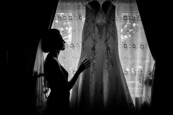 Loredana si Ciprian rochie mireasa fotograf profesionist nunta Iasi www.paulpadurariu.ro © 2017 Paul Padurariu