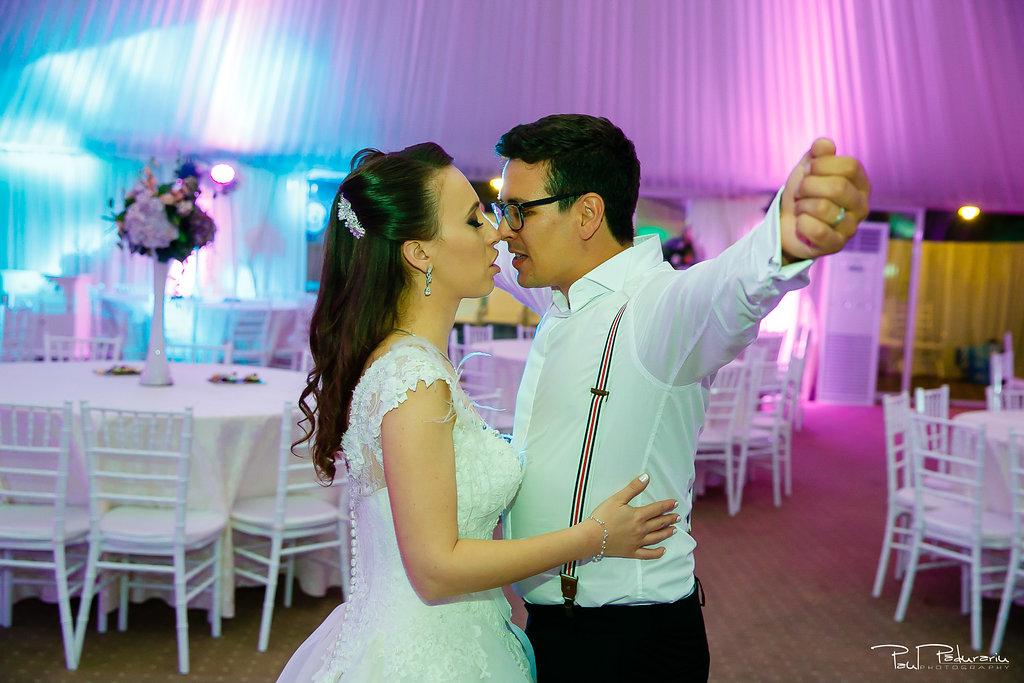Ioana si Adi nuntă la Elysium Iași petrecere miri www.paulpadurariu.ro fotograf profesionist de nunta Iasi Paul Padurariu 1