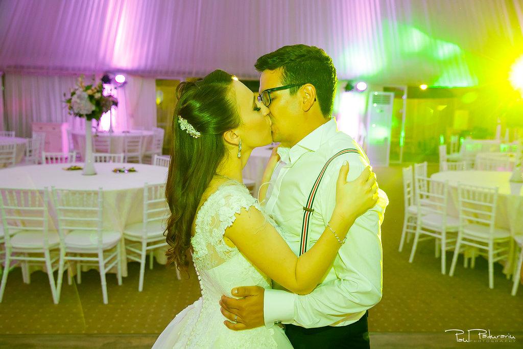 Ioana si Adi nuntă la Elysium Iași petrecere miri www.paulpadurariu.ro fotograf profesionist de nunta Iasi Paul Padurariu 2