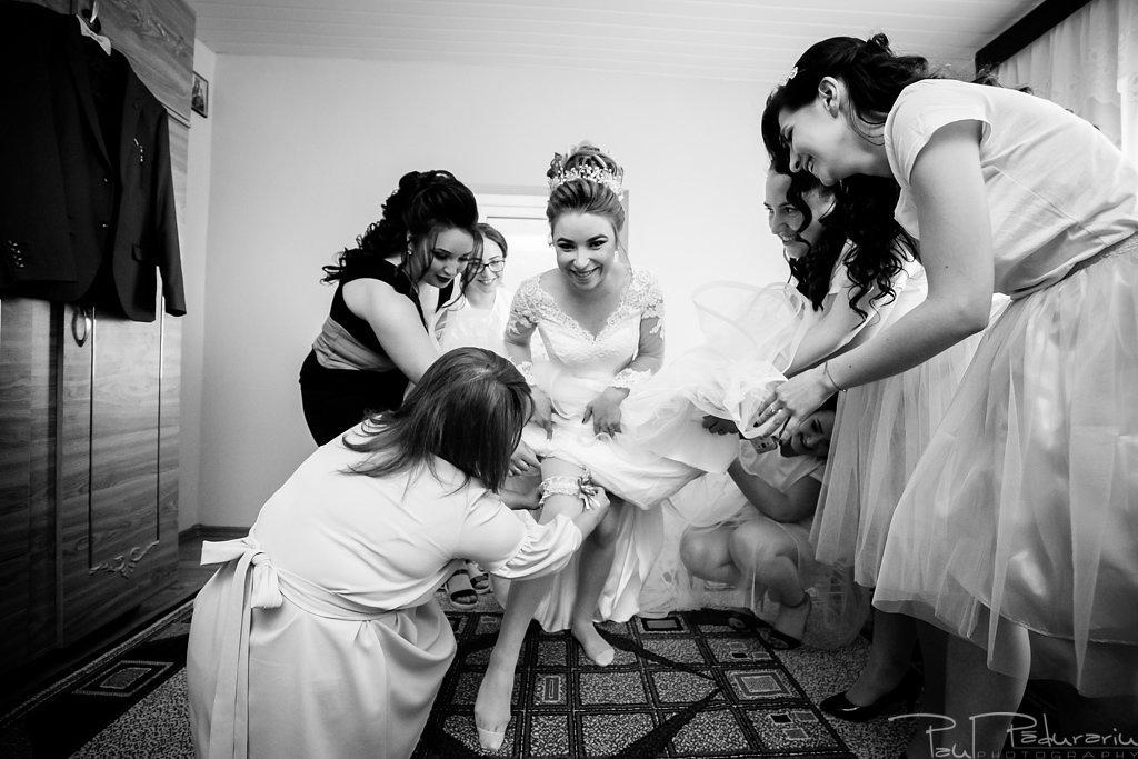 georgiana si daniel nunta grand hotel traian iasi fotograf nunta iasi paul padurariu pregatiri miri www.paulpadurariu.ro 10