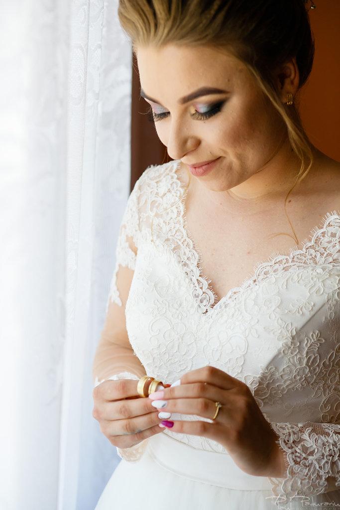 georgiana si daniel nunta grand hotel traian iasi fotograf nunta iasi paul padurariu pregatiri miri www.paulpadurariu.ro 5