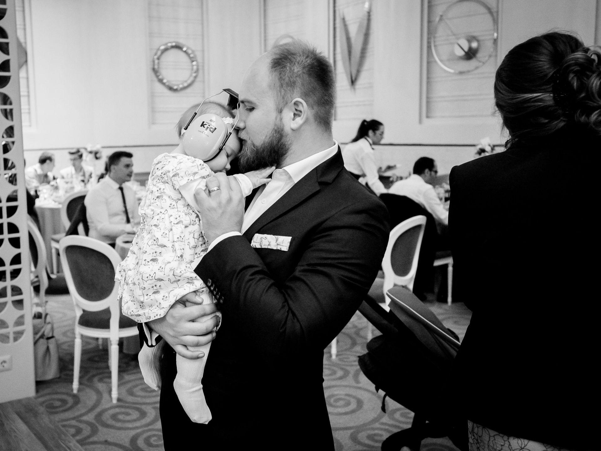 Larisa si Vlad - Nunta la Unirea - fotograf nunta iasi | fotograf profesionist Paul Padurariu 7
