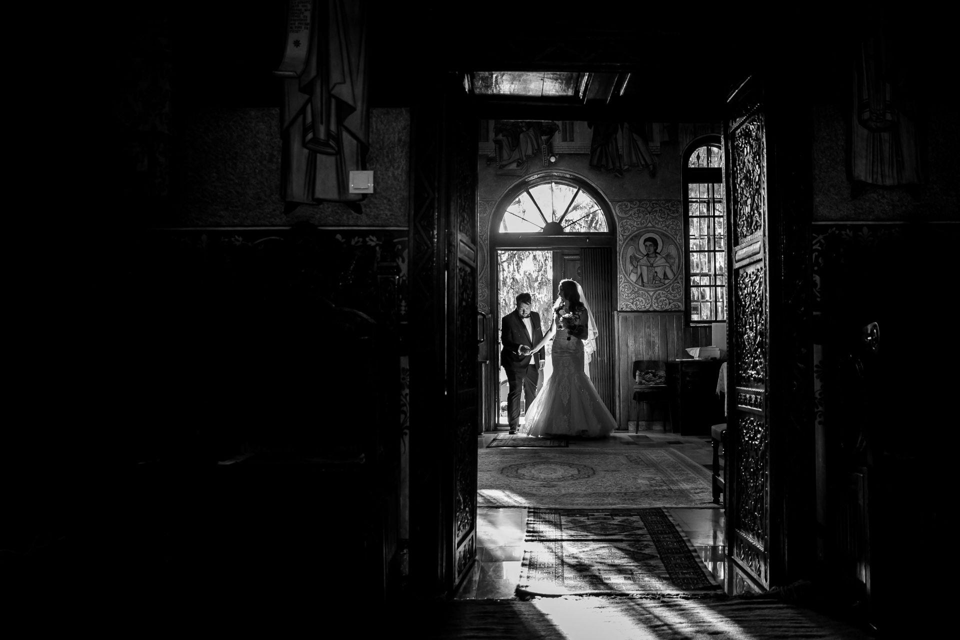 Larisa si Vlad - Nunta la Unirea - fotograf nunta iasi | fotograf profesionist Paul Padurariu 31