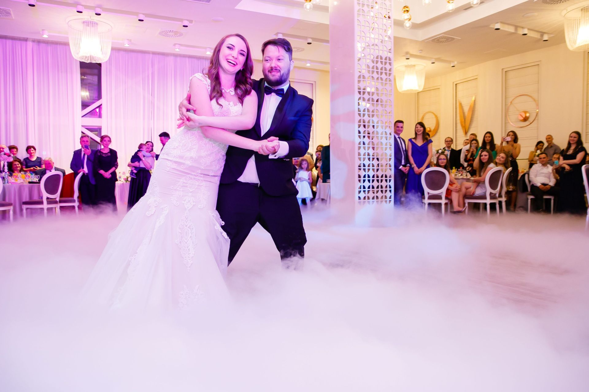 Larisa si Vlad - Nunta la Unirea - fotograf nunta iasi | fotograf profesionist Paul Padurariu 24