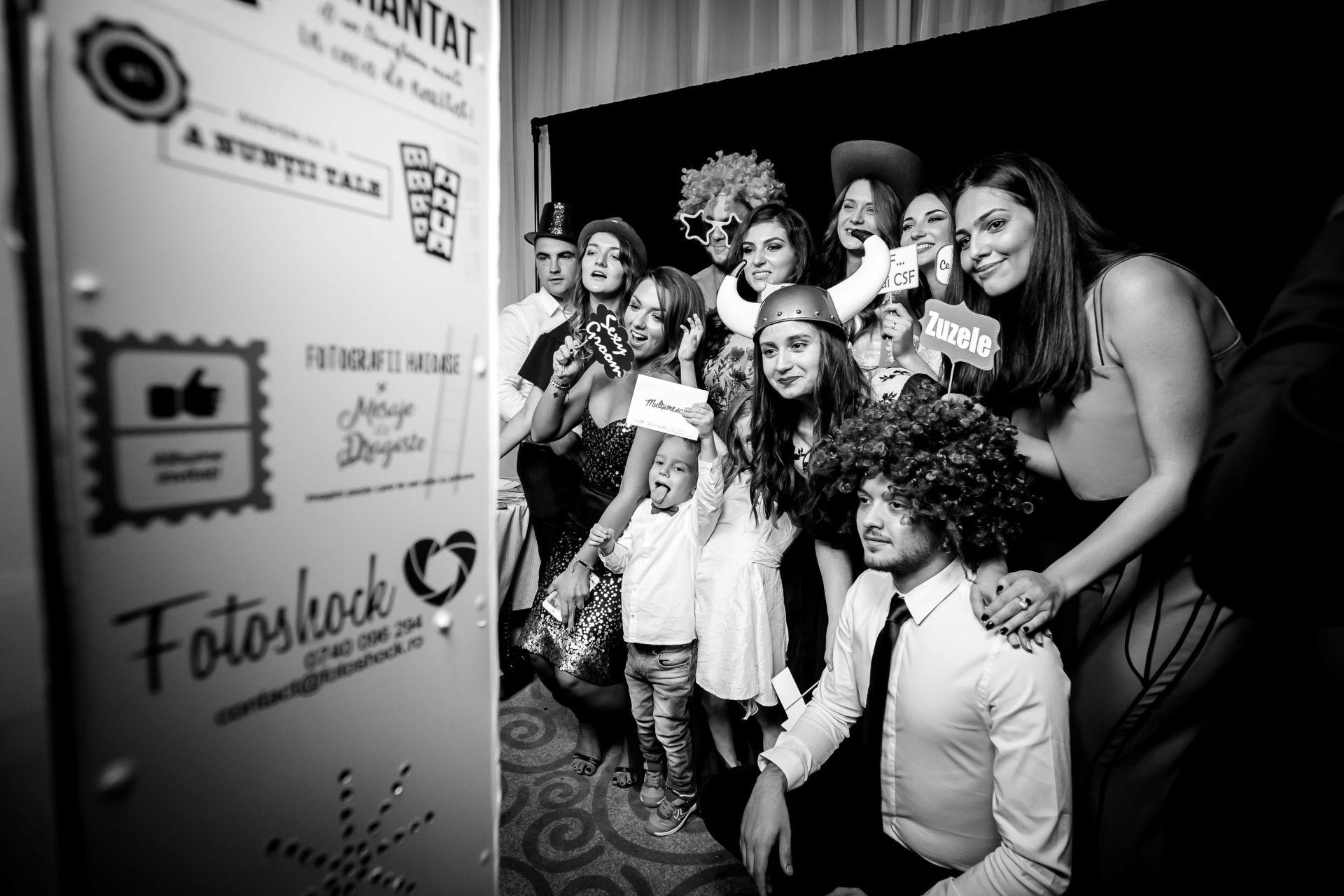 Larisa si Vlad - Nunta la Unirea - fotograf nunta iasi   fotograf profesionist Paul Padurariu 15