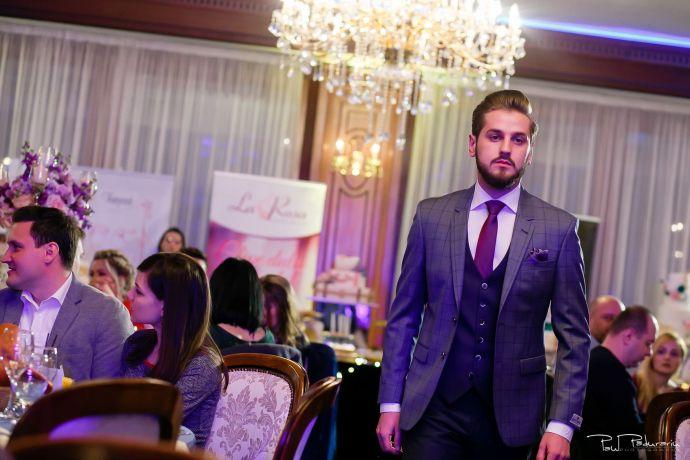 Seroussi | Producător și distribuitor de costume bărbătești colectia 2019 - costum mire - paul padurariu fotograf nunta iasi www.paulpadurariu.ro 16