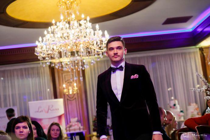 Seroussi | Producător și distribuitor de costume bărbătești colectia 2019 - costum mire - paul padurariu fotograf nunta iasi www.paulpadurariu.ro 18