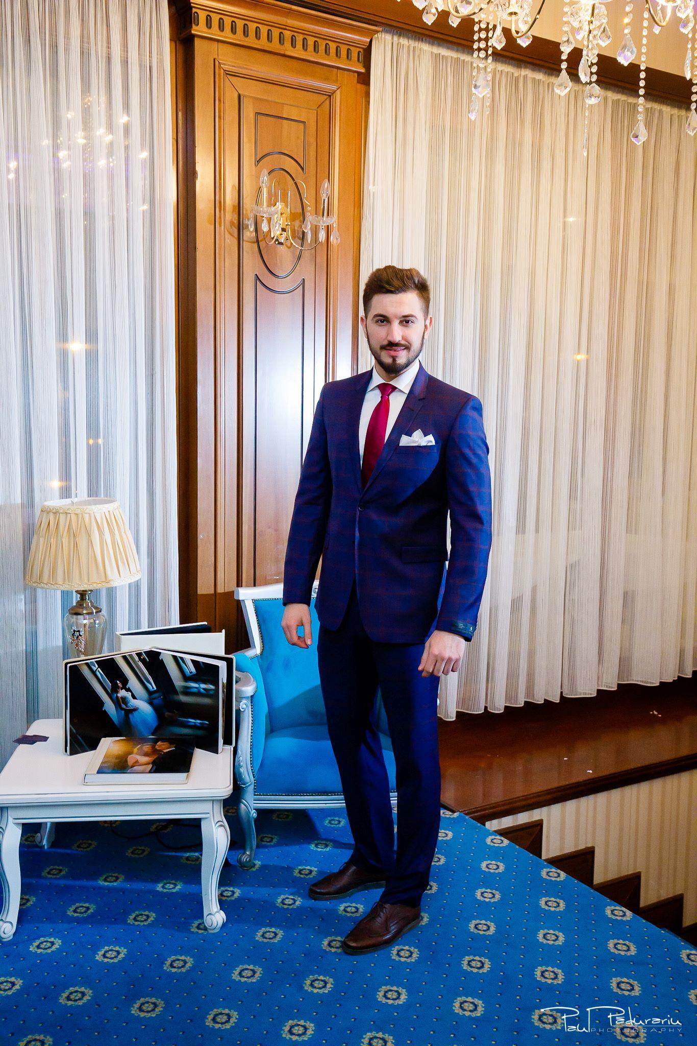 Seroussi | Producător și distribuitor de costume bărbătești colectia 2019 - costum mire - paul padurariu fotograf nunta iasi www.paulpadurariu.ro 31