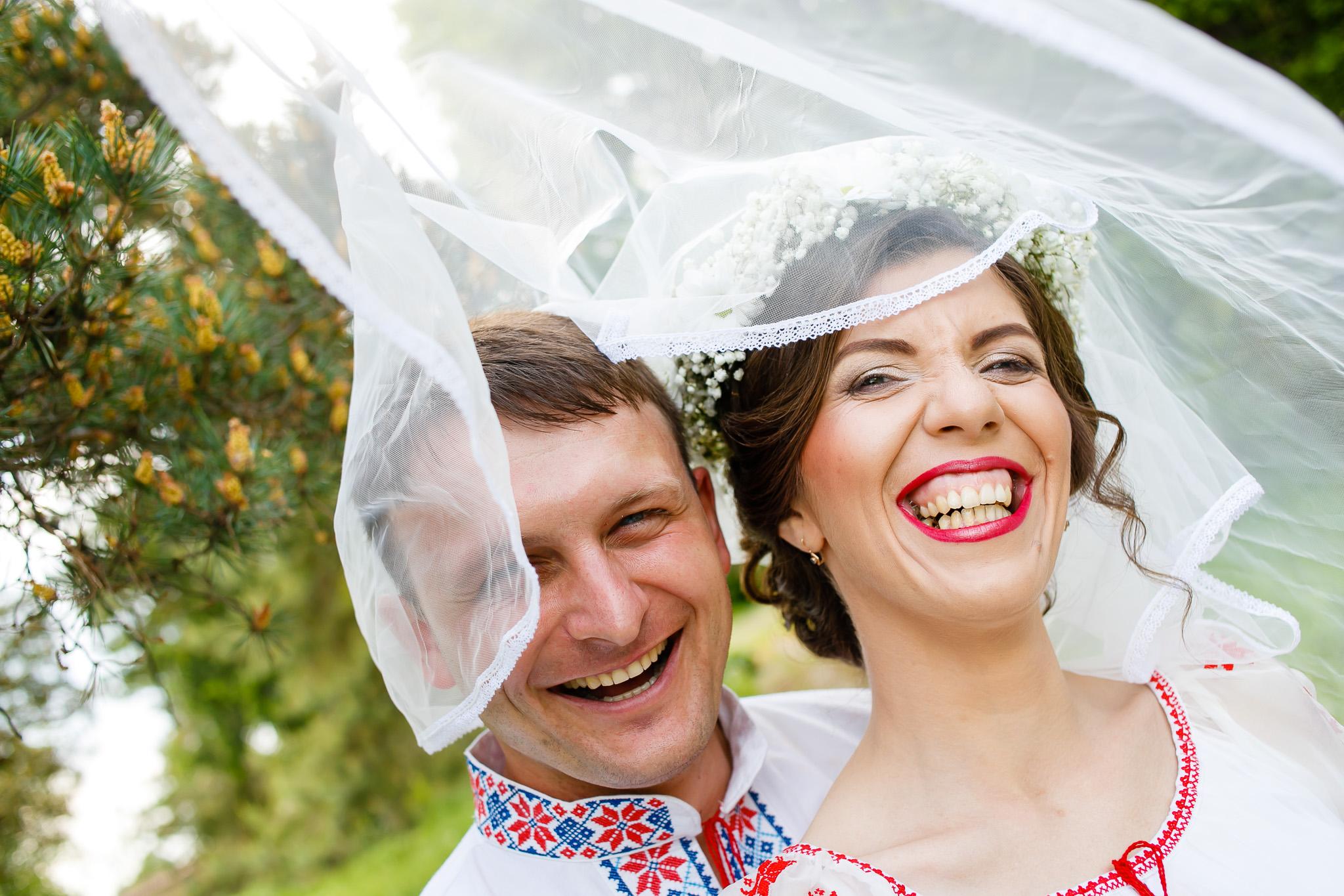 Nuntă tradițională Elisabeta și Alexandru fotograf profesionist nunta Iasi www.paulpadurariu.ro © 2018 Paul Padurariu fotograf de nunta Iasi sedinta foto miri 9
