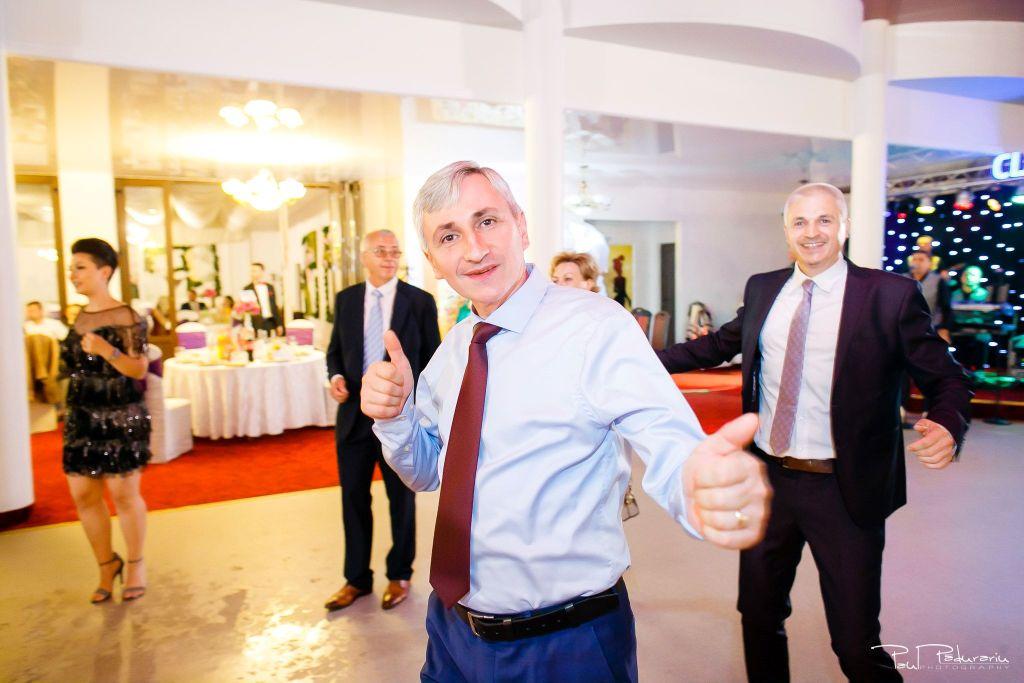 Diana Sebi nunta lavanda paul padurariu fotograf nunta Salon Regal Husi 8