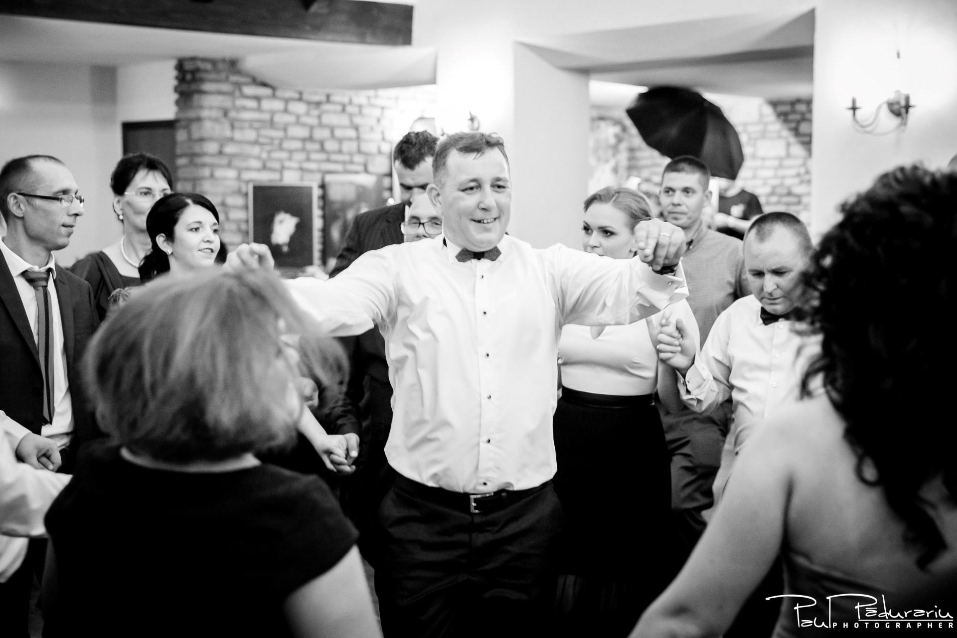 Cristina si Razvan nunta rustica la Bellaria Loja Domneasca petrecere nunta fotograf profesionist nunta Iasi www.paulpadurariu.ro © 2017 Paul Padurariu