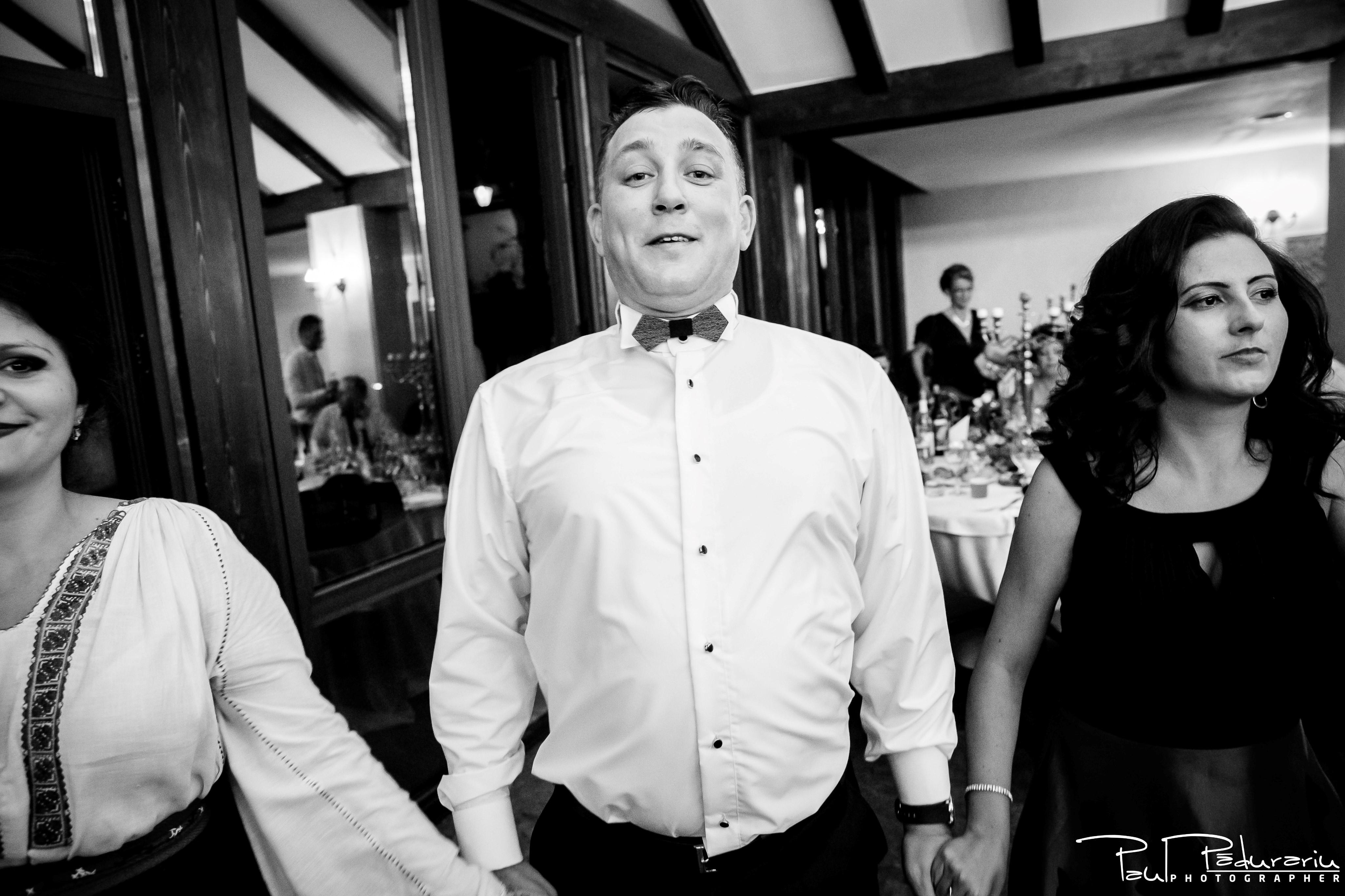 Cristina si Razvan nunta rustica la Bellaria Loja Domneasca petrecere nunta portret invitat 1 fotograf profesionist nunta Iasi www.paulpadurariu.ro © 2017 Paul Padurariu