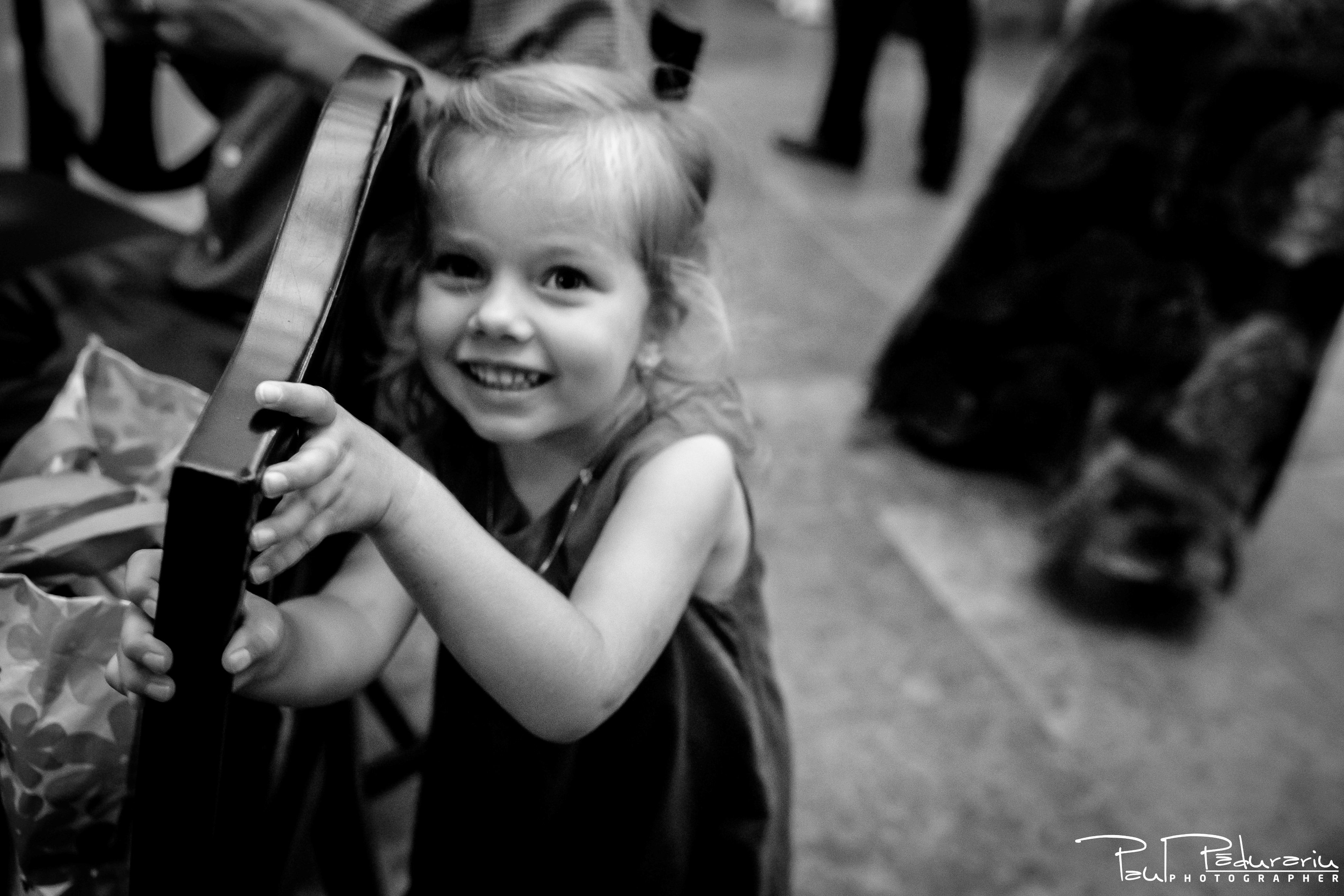 Cristina si Razvan nunta rustica la Bellaria Loja Domneasca portret fetita petrecere nunta fotograf profesionist nunta Iasi www.paulpadurariu.ro © 2017 Paul Padurariu